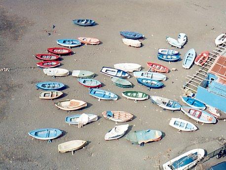 Barche sulla spiaggia di Meta di Sorrento