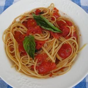 Spaghetti col pomodoro fresco